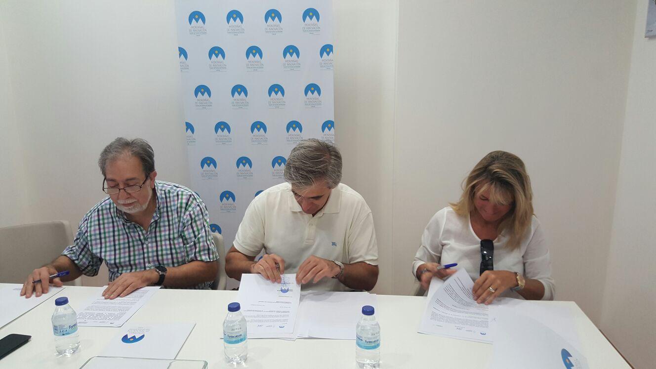 FIRMA DE CONVENIO CON NAVARRA, CAMPINGS DE ESPAÑA Y CLUSTER DE MONTAÑA