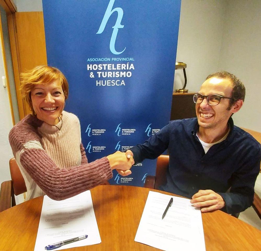 La Asociación de Hostelería y Turismo de Huesca firma un convenio con GECA para el ahorro de costes enérgeticos de sus asociados