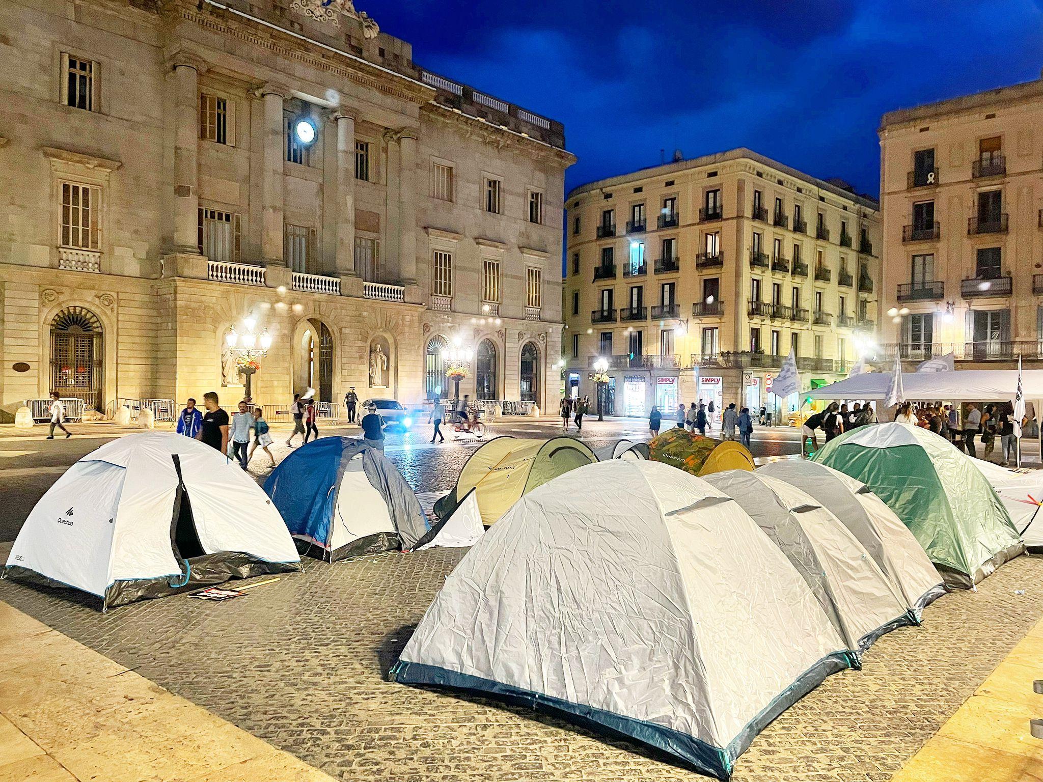 Empresarios y trabajadores del ocio y los espectáculos ponen en marcha una huelga de hambre para reclamar su reapertura
